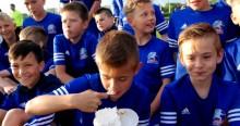 Akademia Piłkarska Wigry Suwałki na słodko obeszła piąte urodziny [zdjęcia]