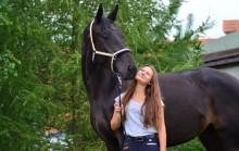 Julia Regucka chce walczyć na swoim koniu o mistrzostwo kraju. Pomóżcie spełnić jej marzenia [foto]