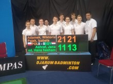 Badminton. Ekipa Miśka - Jacka Niedźwiedzkiego zagra o ćwierćfinał MŚ