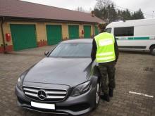 Pogranicznicy odzyskali Mercedesa wartego 200 tys. zł