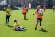 Piłka nożna kobiet. Wysoka porażka RESO Akademii 2012