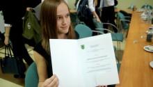 Stypendia Powiatu Suwalskiego dla najlepszych uczniów [zdjęcia]
