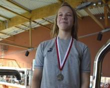 Pływanie. Dwa medale Dominiki Burdyn i 6. miejsce MUKS Olimpijczyk Suwałki w Olsztynie