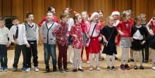 Szkoła Podstawowa nr 2. Charytatywny Kiermasz Bożonarodzeniowy na rzecz Kasi i Mateusza [zdjęcia]