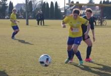 Piłka nożna kobiet. RESO Akademia 2012 Suwałki górą w stolicy