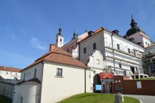 klasztor120.jpg