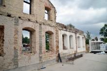 Bulwary nad Czarną Hańczą. Na zdradzieckim gruncie rosną nowe mury dawnej łaźni [zdjęcia]
