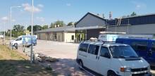 Pokoszarowa pralnia salonem sieci Neonet, obok wyrosła Biedronka. Wkrótce otwarcie [zdjęcia]