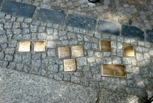 Instalacja Kamieni Pamięci w Raczkach