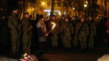 Apel poległych, kwiaty i przemówienia. Żołnierze świętują rocznicę odzyskania niepodległości [wideo]