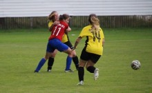 Piłka nożna kobiet. Suwalczanki bez z punktu w Garwolinie, w sobotę podejmą MOSiR Sieradz [zdjęcia]
