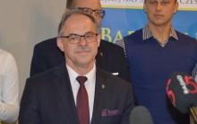 Czesław Renkiewicz prezydentem Suwałk już w I turze? [dane z obwodów]