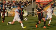 Wigry Suwałki - GKS Tychy 2:2. Bilans meczu: dwóch rannych [wideo i zdjęcia]