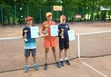 Tenis ziemny: Skrzaty z regionu o puchary i punkty rankingowe w Olecku. Piotr Sadłowski drugi
