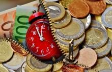 ZUS zapewnia - emerytury i renty dotrą przed świętami