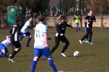 Piłki nożna kobiet. Trzynasta kolejka szczęśliwa dla suwalskich zawodniczek [zdjęcia]