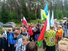 Pielgrzymka Suwałki – Wilno. Pątnicy przekroczyli granicę z Litwą [zdjęcia, wideo]