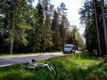 Potrącenie rowerzysty w Przewięzi koło Augustowa