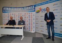 Mikołajkowy Turniej o Puchar Wojciecha Kowalewskiego. Do nowej hali za darmo
