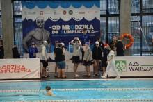 """Pływanie. Srebro i brąz Dominiki Burdyn na zawodach """"Od Młodzika do Olimpijczyka"""" [zdjęcia]"""