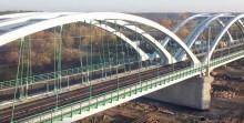 Rail Baltica: Drugi most kolejowy wjechał nad Bug, pociągi pojadą nim w przyszłym roku