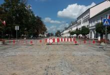 Ulica Kościuszki jeszcze nieprzejezdna, od poniedziałku otwarte skrzyżowanie z Placem Piłsudskiego