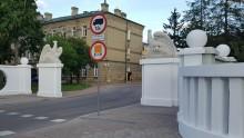 Pokoszarowy teren przy Pułaskiego. Orły już są, czekamy na pomnik i Park Ułański [zdjęcia, slajdy]