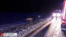 Gmina Raczki. Samochód najechał na mężczyznę leżącego na drodze