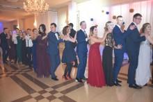 Rusza sezon studniówkowy. W sobotę bal maturzystów z II LO (wideo)