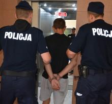Ukradli alkohol za ponad 1 tys. zł . Wpadli po policyjnym pościgu