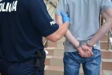 Suwalscy policjanci zatrzymali trzech poszukiwanych mężczyzn