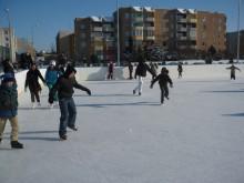 Od soboty będzie otwarte lodowisko przy Szkole Podstawowej nr 11. Trzeba pamiętać o maseczkach