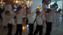 Czas cudu i pojednania. Dzieci z Przedszkola nr 7 w Suwałkach przygotowały jasełka [zdjęcia]