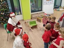 Mikołaj odwiedził dzieci z litewskiego przedszkola w Suwałkach [zdjęcia]