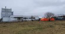 Trzecia osoba zakażona koronawirusem w Suwałkach, w Sejnach dziewiąta. Mężczyzna trafił do szpitala