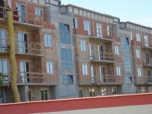 Więcej mieszkań na wynajem i pieniędzy na budownictwo komunalne, pozwolenie przez Internet