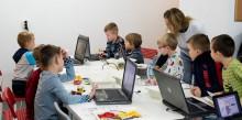 Akademia STARTKOD. Nauka i zabawa w jednym –programowanie z LEGO dla dzieci