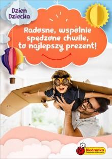 Prezentowe inspiracje na Dzień Dziecka od Biedronki: od hulajnogi po karaoke