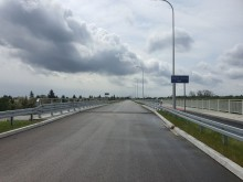 Ulicę 100-lecia Niepodległości dokończy ktoś inny, Prasko obiecuje wybudować drogę do lotniska