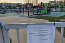 W sobotę dzieci na plac zabaw, a starsi na zewnętrzną siłownię. W czwartek 352 zakażenia