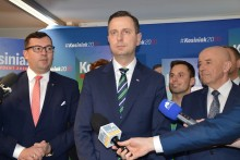 Władyslaw Kosiniak-Kamysz ma gotowy pakiet antykryzysowy. Kampania prezydencka i koronawirus [foto]