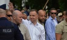 W kraju przybyło 13 628 zakażonych, wśród nich prezydent Andrzej Duda. W Suwałkach inna liczba