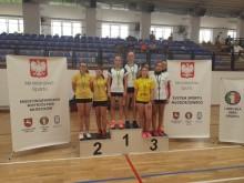 Sześć medali najmłodszych suwalskich badmintonistów
