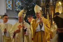 Diecezja ełcka już z nowym biskupem pomocniczym. Ks. Adrian Galbas przyjął święcenia