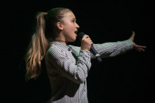 Monika Bogdanowicz i największe przeboje gwiazd piosenki