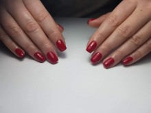 Manicure w MakeUp & Beauty