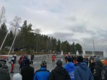 W Szwecji młodzi bojerowcy czekają na poprawę pogody