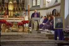 W Ełku odprawiono mszę żałobną za śp. biskupa Wojciecha Ziembę [zdjęcia]