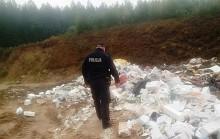 Nielegalne wysypisko śmieci w Jeleniewie. Prokuratura uzupełnia listę zarzutów
