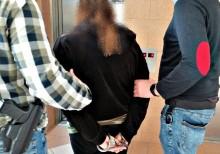 Suwałki, Sejny. Policjanci przyłapali małżeństwo na wyładowywaniu kontrabandy [zdjęcia]